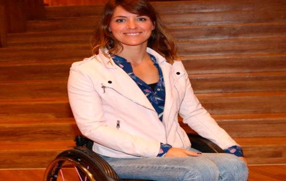 """Entrevista ABC """"Deberíamos ser como los niños, que te miran la silla de ruedas solo los dos primeros minutos"""""""
