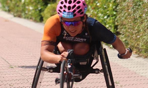Eva Moral: «La silla es un instrumento más, es como el que necesita gafas para ver mejor»